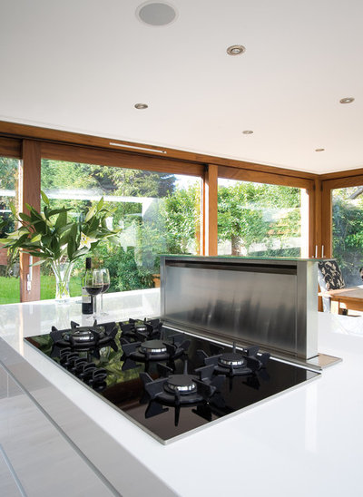 Contemporary Kök by Glenvale Kitchens