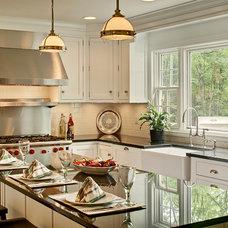 Traditional Kitchen by Modern Millwork Kitchen & Bath Studio