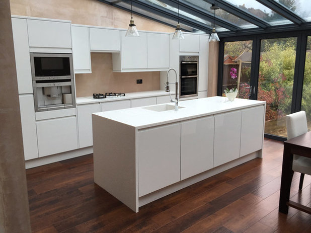 Cucina by Solid Surface Specialists