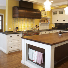 traditional kitchen by Lemont Kitchen and Bath