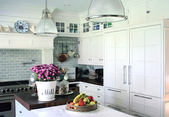 Traditional Kitchen by Susan Serra, CKD