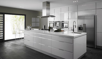 White Kitchen Remodeling Ideas