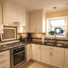 Traditional Kitchen by Criner Remodeling