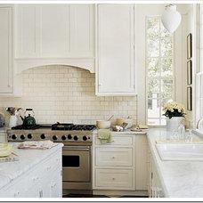 Traditional Kitchen White Kitchens