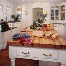 Traditional Kitchen by Joni Zimmerman