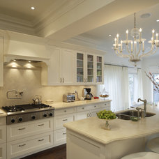 Traditional Kitchen by KITCHENS BY DESIGN
