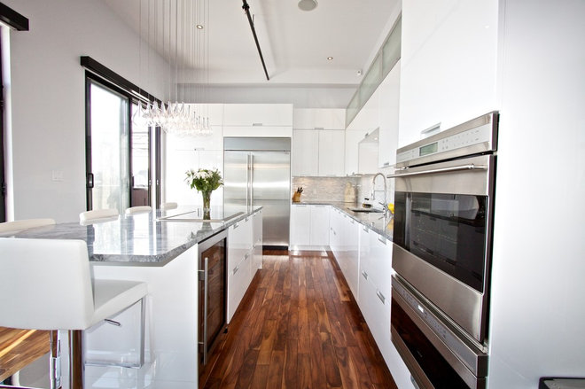 Modern Kitchen by The Reno Pro