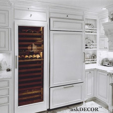 Traditional Kitchen by Nancy Del Santo