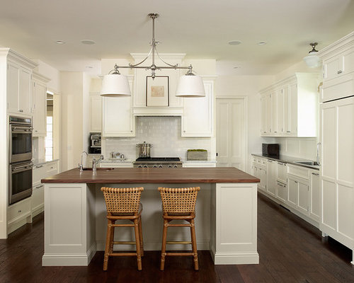 Cloud White Kitchen Cabinets With White Appliances