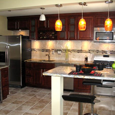 Contemporary Kitchen by White Sand Properties, LLC.