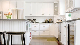 White Shaker Kitchens