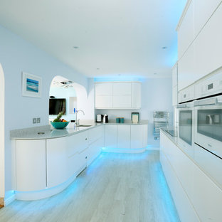 White Sophisticated Handleless Curved Kitchen
