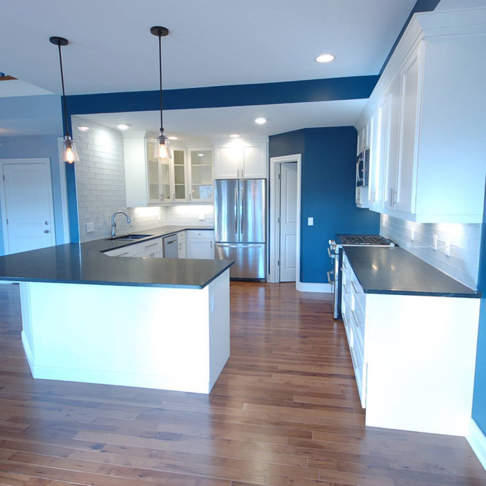 Custom Home: New Construction on Sylvan Circle