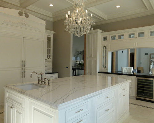 Design Ideas For A Large Traditional U Shaped Kitchen Diner In New York With