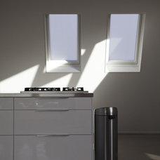 Modern Kitchen White vs. Concrete/RVS