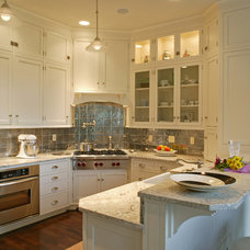 traditional kitchen by Lynbrook of Annapolis, Inc.