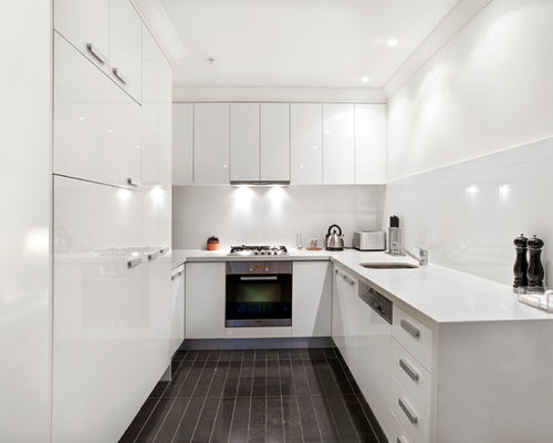 Design ideas for a contemporary u shaped kitchen in melbourne with an undermount sink