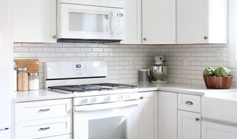 who doesnt love white shaker in the kitchen and bathroom