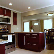 Traditional Kitchen by Hibbler-Properties