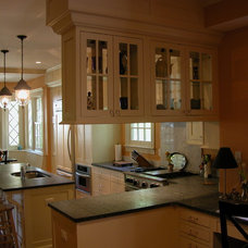 Craftsman Kitchen by Lineworks Architecture and Design LLC