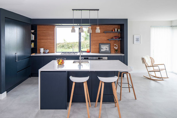 Contemporary Kitchen by Roundwood Design