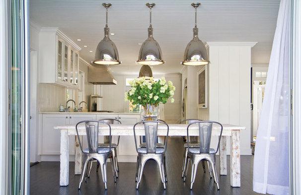 Beach Style Kitchen by Chango & Co.