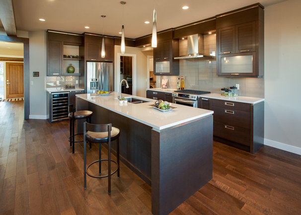 Contemporary Kitchen by Norelco Cabinets Ltd