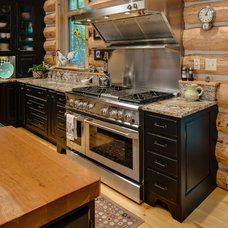Rustic Kitchen by Bay Cabinetry & Design Studio