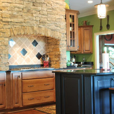 Traditional Kitchen by Blue Line Design
