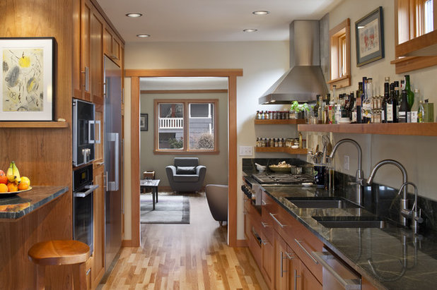 Contemporary Kitchen by Wascha Studios
