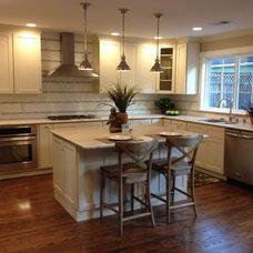 Traditional Kitchen by Stewart Design