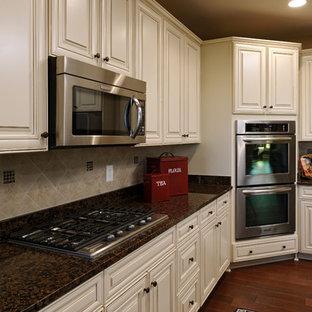 Timberlake Cabinets Hazelnut Glaze Sierra Vista | Houzz