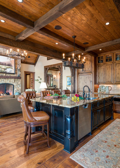 Transitional Kitchen by Dianne Davant and Associates