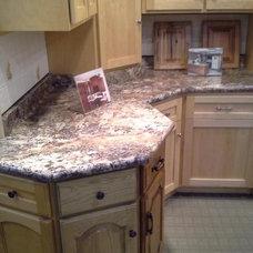 Kitchen by ALPINE PLYWOOD CORPORATION