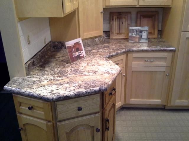 Kitchen by ALPINE PLYWOOD CORPORATION