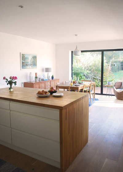 Houzz tour a 1920s wiltshire semi gets a family size for Modern 1920 s kitchen