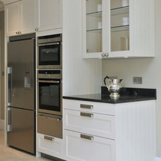 Traditional Kitchen by Chantel Elshout Design Consultancy
