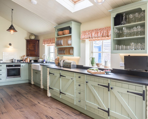 Merveilleux Farmhouse Kitchen Photos   Inspiration For A Farmhouse Medium Tone Wood  Floor And Brown Floor Kitchen