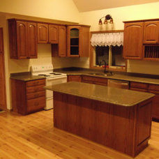Traditional Kitchen by Allie Hubbard