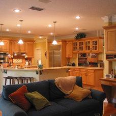 Traditional Kitchen by Doug Hamilton Kitchens, Inc