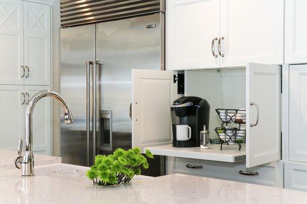Transitional Kitchen by Redstart Construction, Inc.