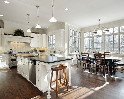 Traditional Eat In Kitchen Inspiration