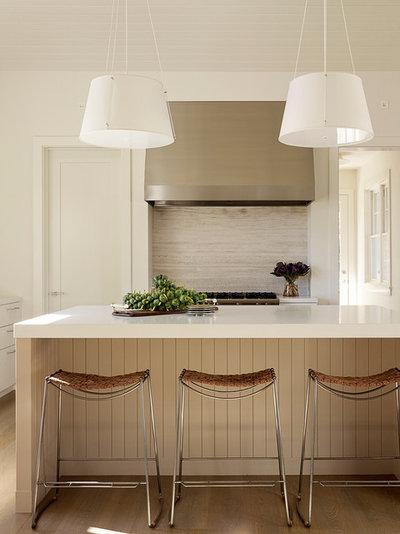 Современная классика Кухня by Andrew Mann Architecture