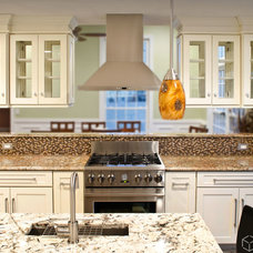Transitional Kitchen by CliqStudios Cabinets