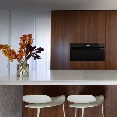 Modern Kitchen by Winning Appliances
