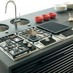 "Wolf 15"" Gas Cooktop, Classic Stainless 