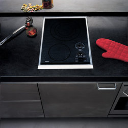 """Wolf 15"""" Smoothtop Electric Cooktop, Stainless Steel 