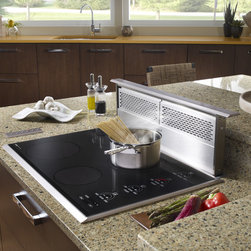 "Wolf 30"" Induction Cooktop, Black Framed Stainless Trim 