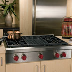 "Wolf 36"" Pro-style Gas Rangetop, Stainless Steel Natural Gas 