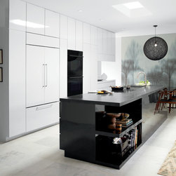 Wolf Induction Cooktop and Built-In E Series Black Glass Double Oven - Sub-Zero